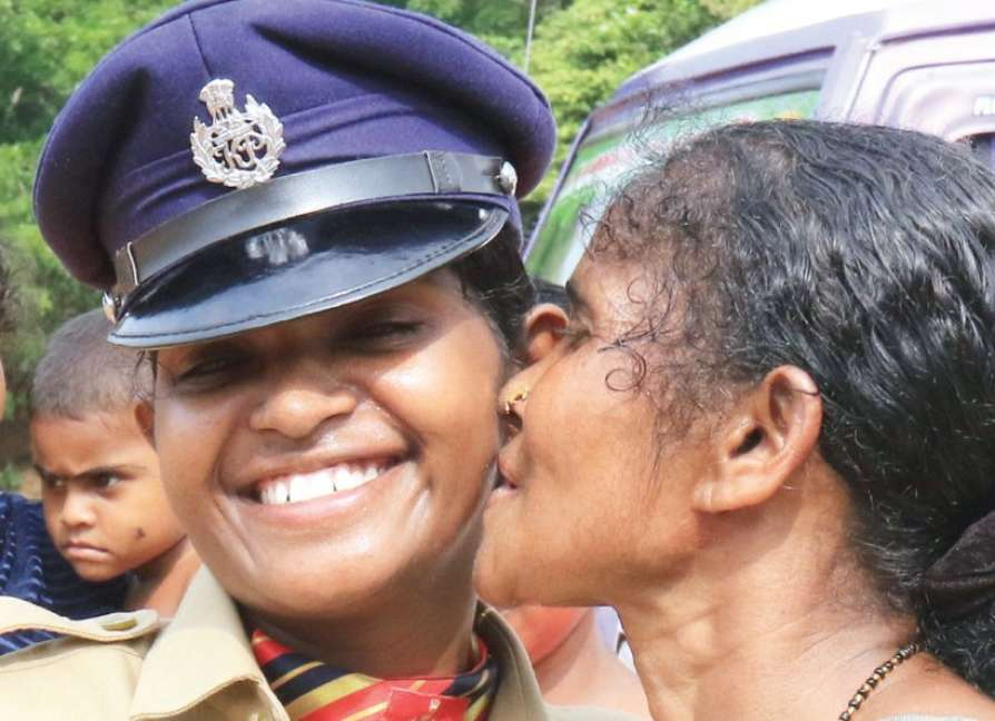chandrika-in-police-uniform-repentance-by-kerala-people